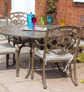 casino 4 seater round table and chairs set