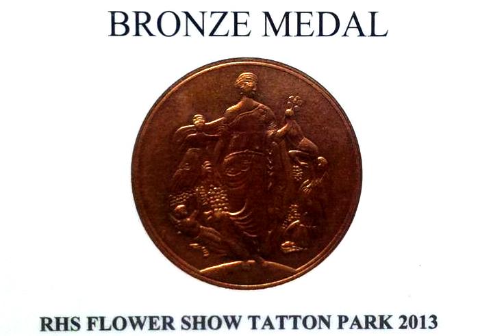 Fiona Alexander Garden Wins Bronze Medal.