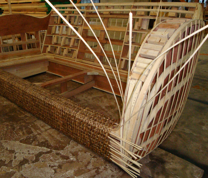 Thin strips of rattan keep the Plaited Water Hyacinth tightly knit ...