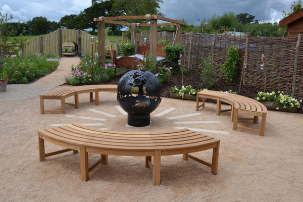 Firepit feature on Love Your Garden 2015