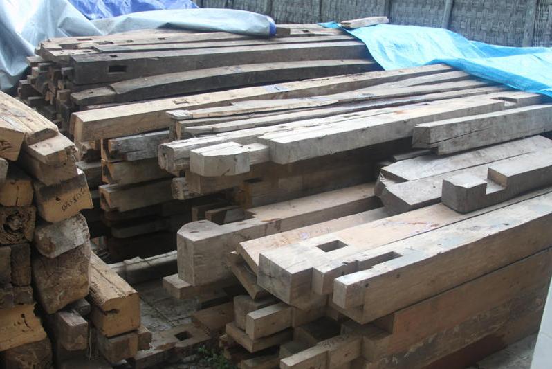 materials-11