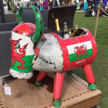 Bruce The Bull Cooler Wales