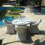 Monte Carlo Outdoor Dining Set gleaming in the sun