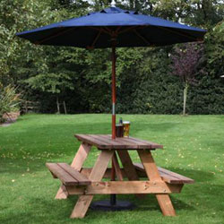 Round FSC Certified Picnic Table Seater And Backrests - Picnic table parasol